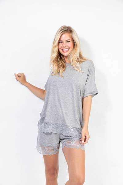 Cozy Me Time T-shirt Lace Grey